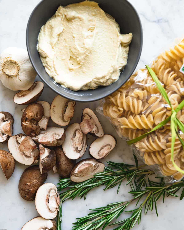 Ingredients: Chopped mushrooms, rosemary, dried pasta, garlic bulb and creamy tofu sauce.